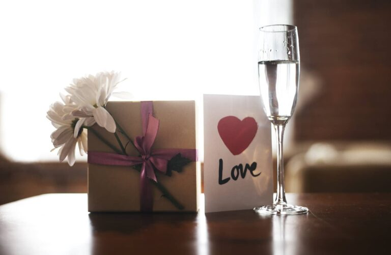 Gift for love and champagne